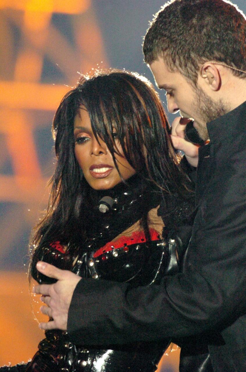 Justin Timberlake to headline Super Bowl LII