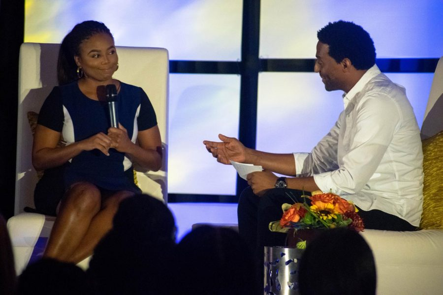 Hill and Klugh engage in conversation on Self-Expression and Sports.
