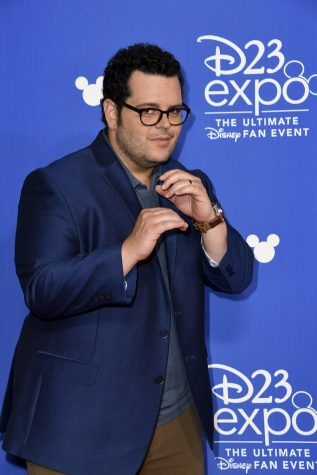 Josh Gad at the 2017 D23 Expo